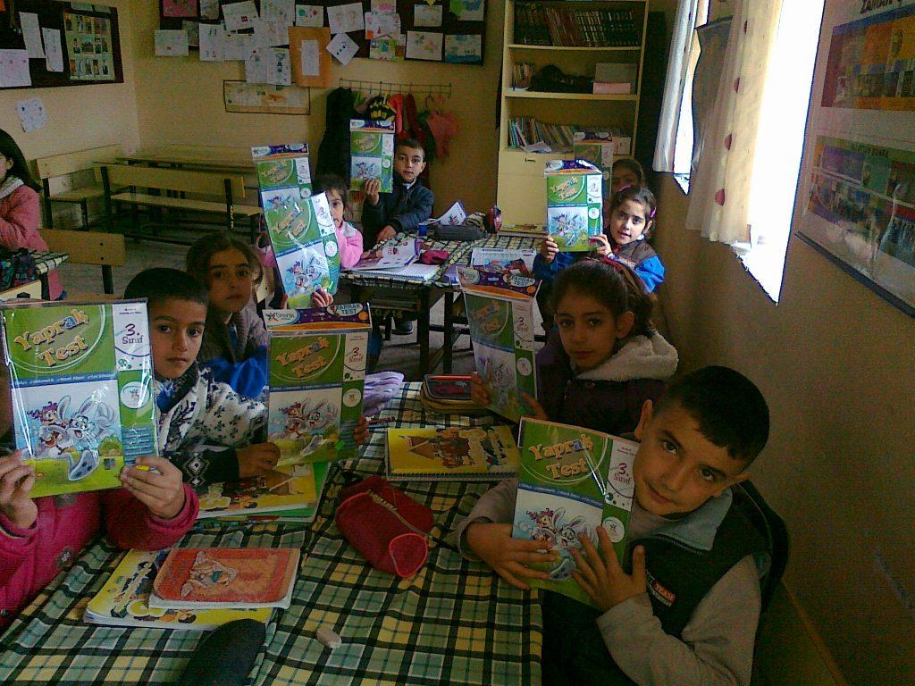 Köy Okullarına yardım